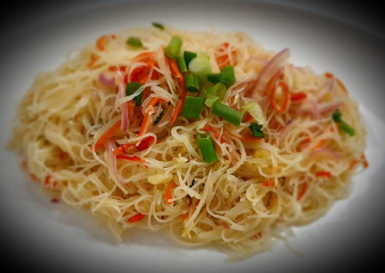 Thai Favor Rice Noodles 泰式酸辣米粉