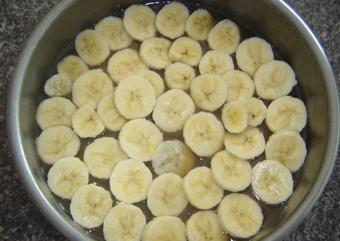 Banana upside down cake (Low Fat)