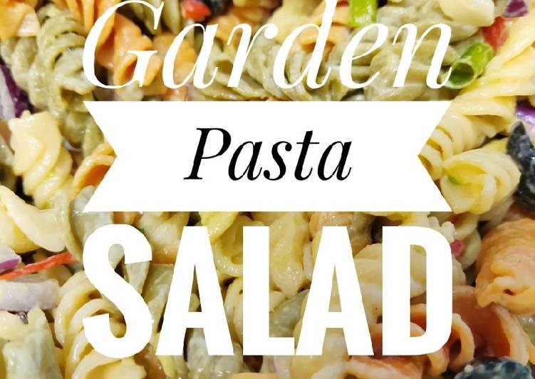Vegetarian Garden Pasta Salad