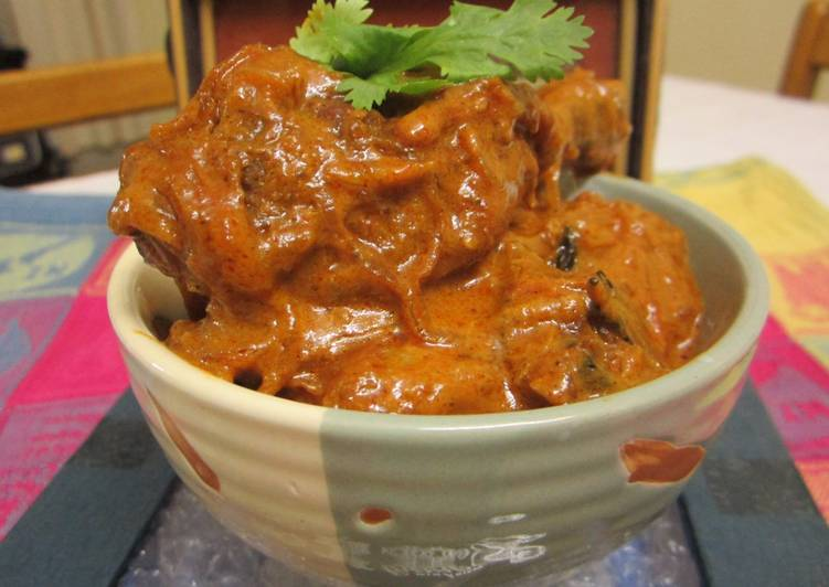 Flavors of the South : Kerala Style Chicken Tomato Roast