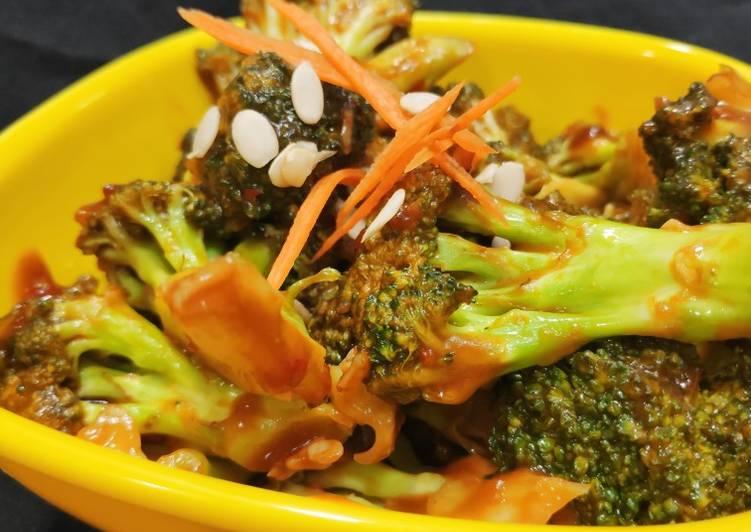 Pan-asian Broccoli salad