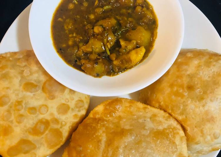 Sattu ki kachori with Aloo sabji