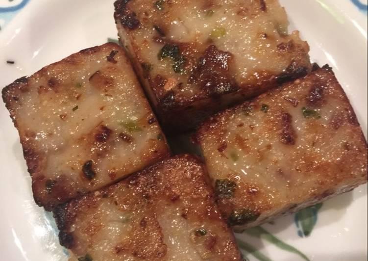Chinese Turnip Cake (Lo Bak Go)