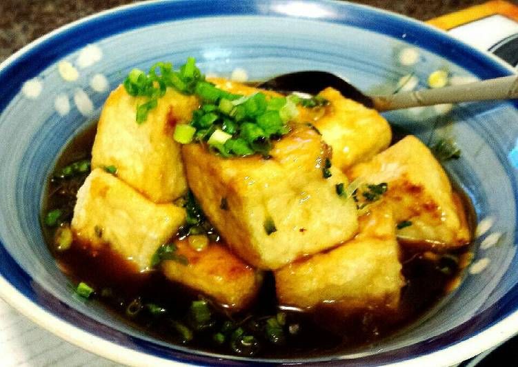 Fried Tofu with Soup Stock