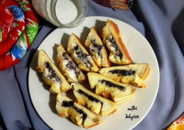 Roti Bakar Cream Cheese