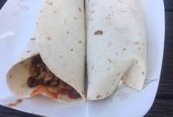 Recipe Tofu,black bean and corn chili burrito Delicious