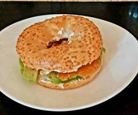 Recipe: Delicious My Smoked Salmon + Avocado Bagel 🥰 #Lunch#ChristmasGift