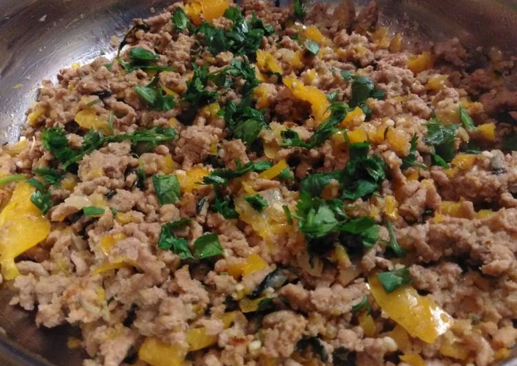 One Pan Ground Turkey and Peppers