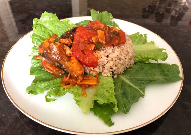 Simple lunch with Recooked Sardine and Brown Rice