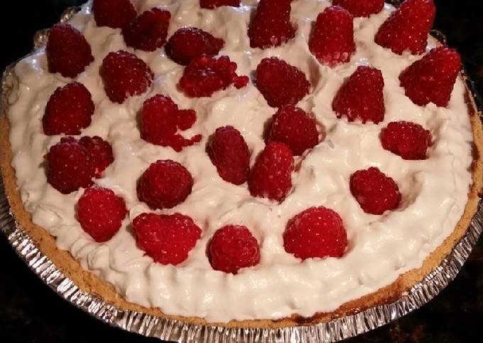 Brad's chocolate raspberry pudding pie