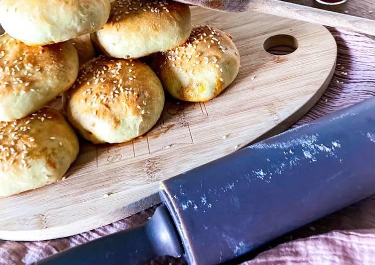 Buns farcis au poivron/poulet/fromage