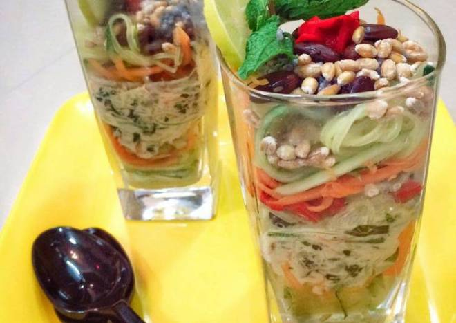 Vegetables Falooda Salad