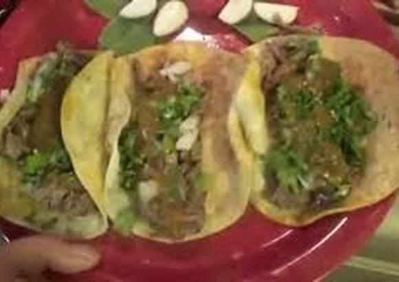 Rica birria y tacos de res originales