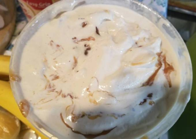 Butter pecan ice cream with caramel