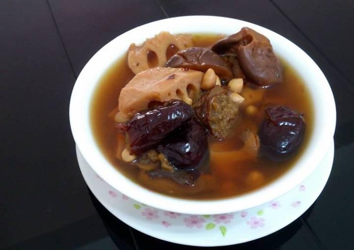 Lotus Root And Peanut Vegan Soup