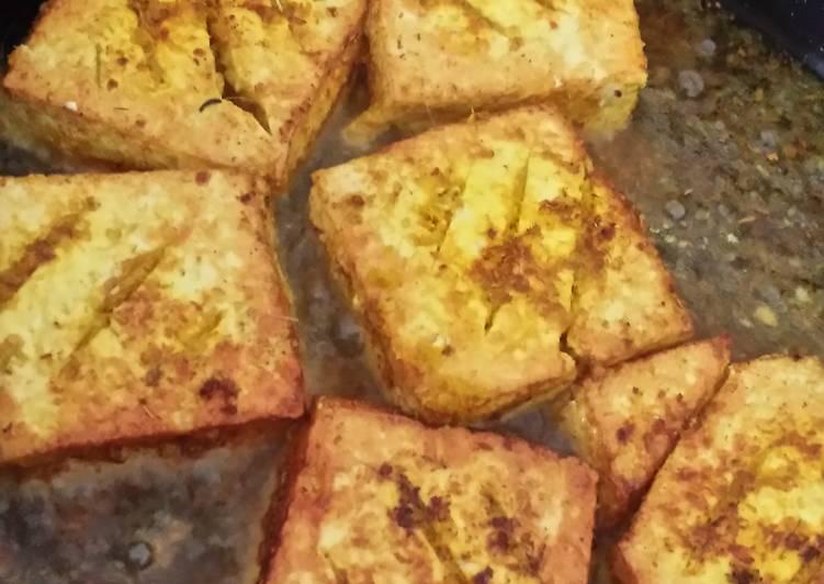 Fried tofu in lemongrass