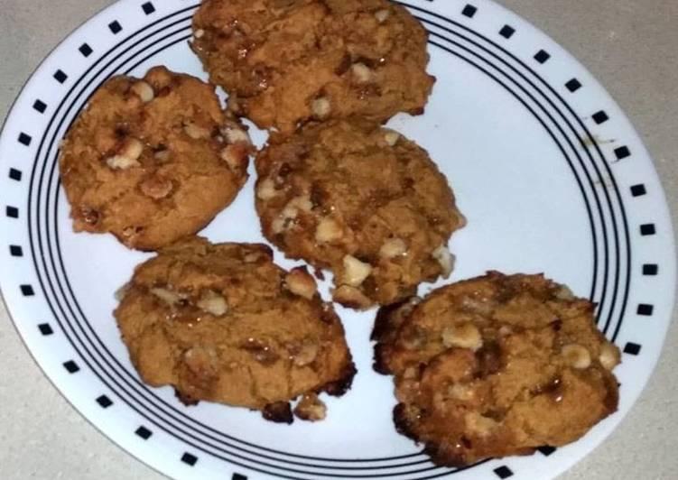 Gluten Free Pumpkin White Chocolate Scones