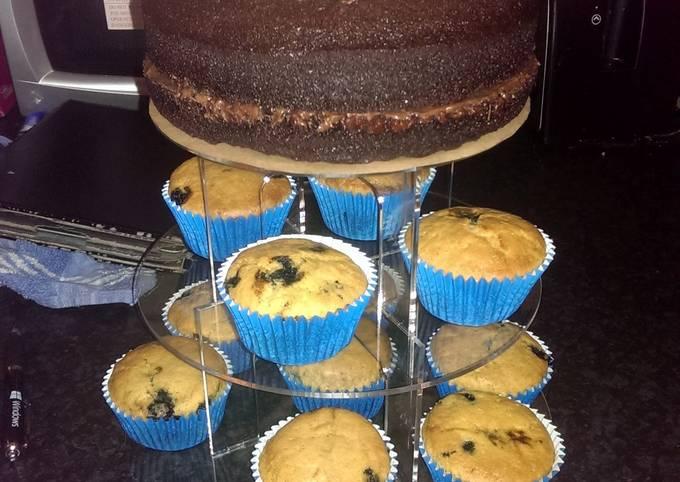 Sophie's vegan lemon & blueberry cupcakes