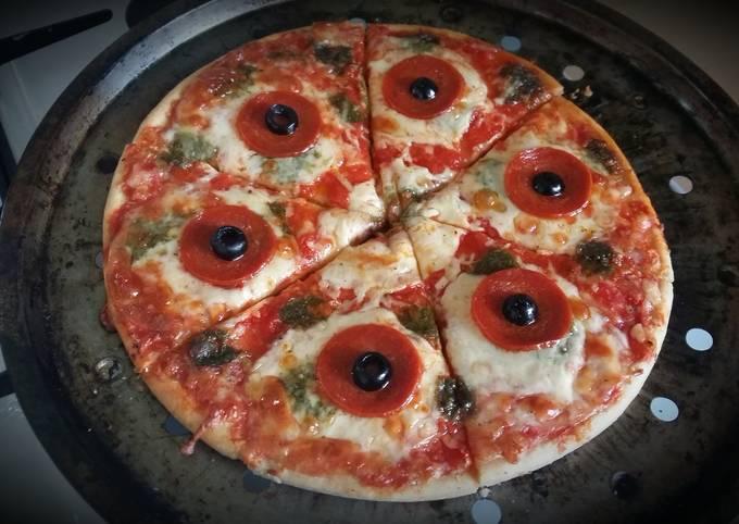 Vickys Halloween Pizza 'P-Eyes' 👀 GF DF EF SF NF
