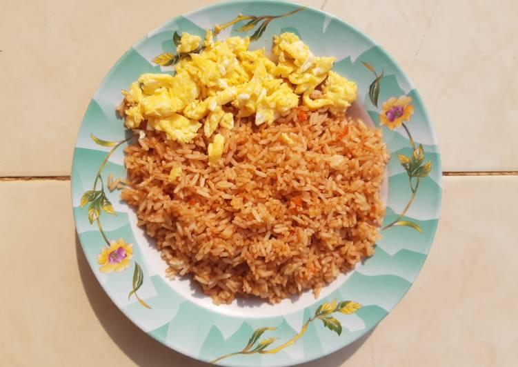 Nasi Goreng Pedas dengan Telur Orak-Arik