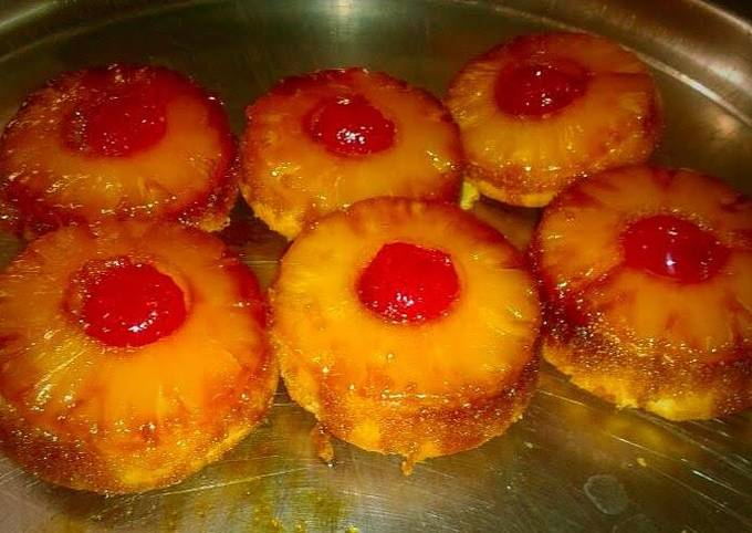 Individual Pineapple Upside Down Cake