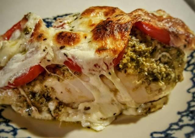 Pesto, Tomato, & Mozzarella Baked Chicken