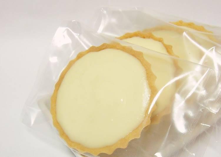 Rich No-Bake Cheesecake Tarts
