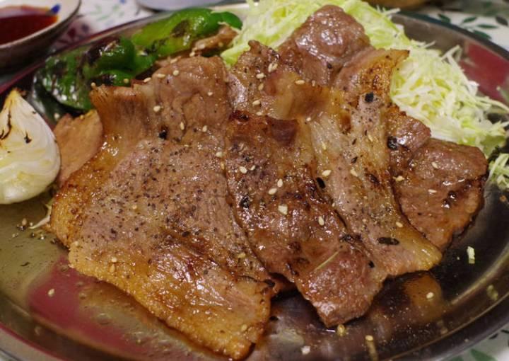 Yakiniku (Grilled Beef Japanese style)
