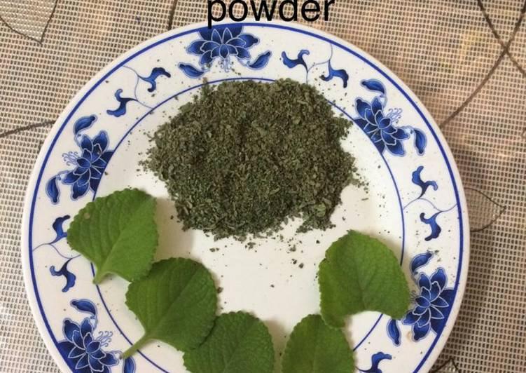 Homemade oregano powder