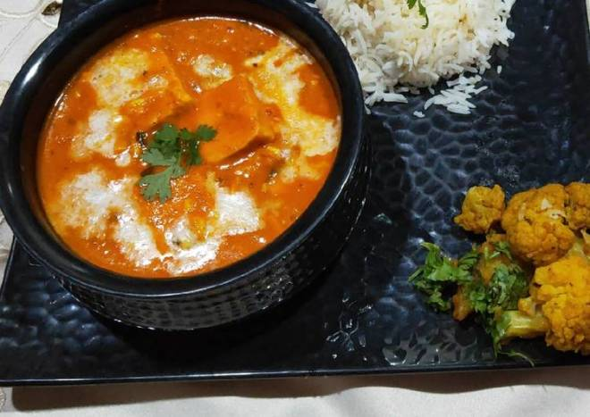 Handi paneer with boiled rice, aloo gobhi and salad
