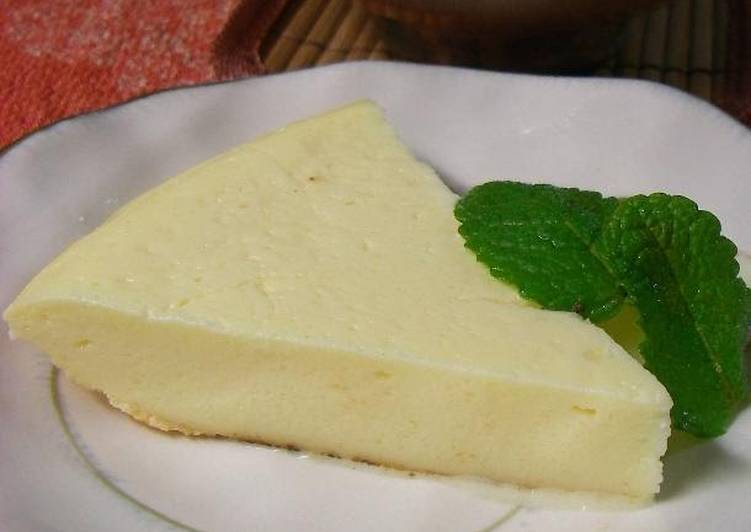 Easy & Healthy Cheesecake in a Ricecooker