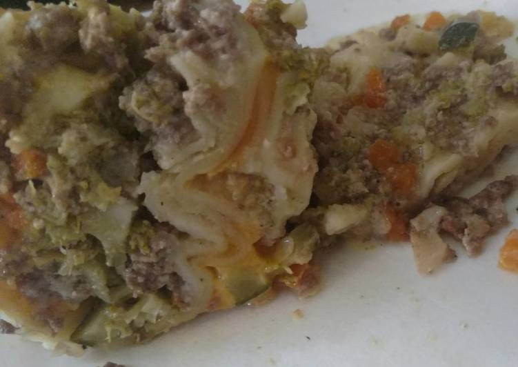 Creamed Beef & Vegetable Crock-Pot Lasagna