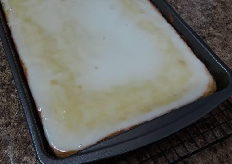 Lemon Sheet Cake with Lemon Glaze