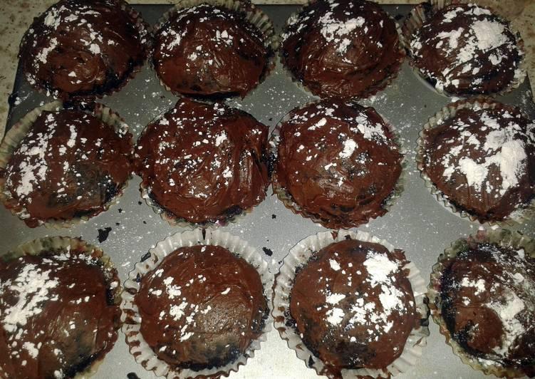 Egg and dairy free Vegan and Vegetarian chocolate cake/cupcakes