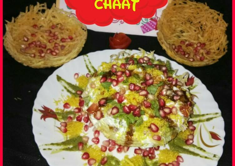 Lucknowi Basket Chaat