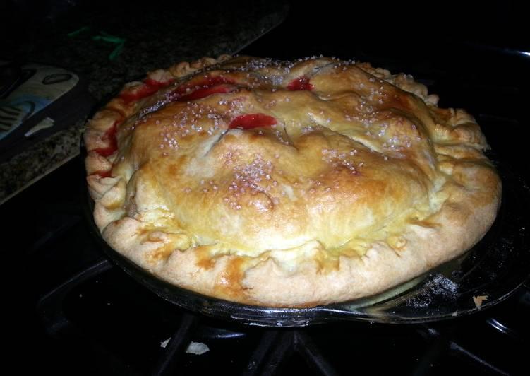 Grandma Norma's Red Hot Apple Pie