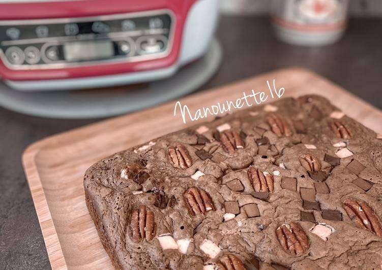 Brownie noix de pécan, pépites 3 chocolats