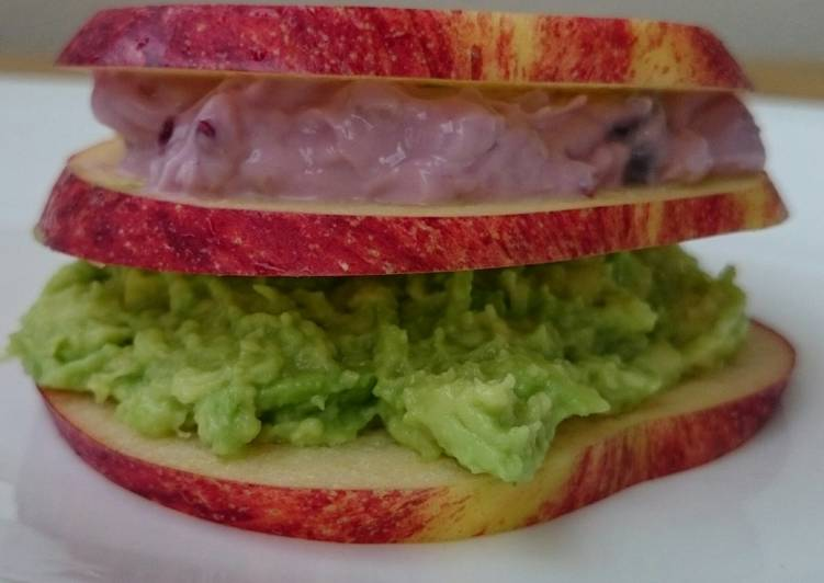 Apple Sandwich With Avocado And Blueberry Cream Cheese