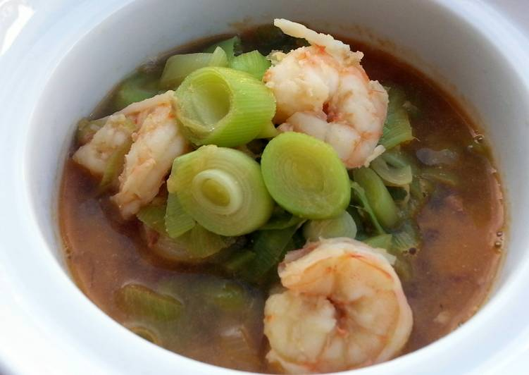 Shrimp And Leeks In Chinese Wine