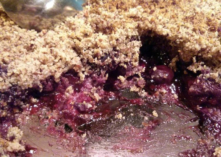 Paleo Fruit Crumble