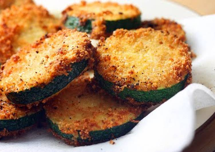 Fried Zucchini with Spicy Dipping Sauce