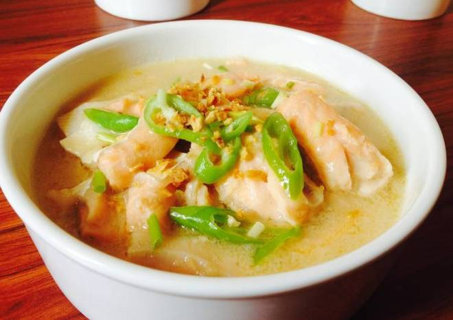 Creamy Salmon Asparagus Soup