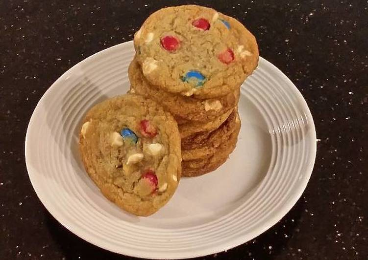 Red, White and Blue Chocolate Chip Cookies