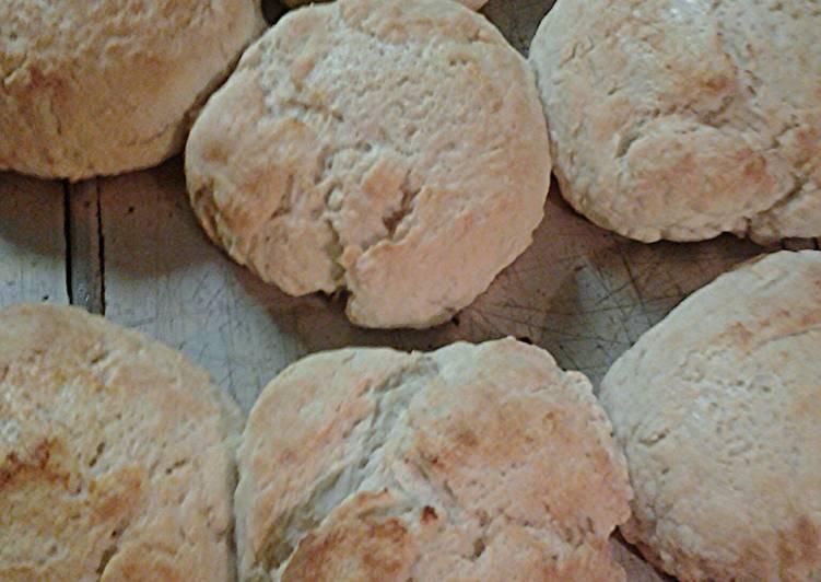 Cathead buttermilk biscuits