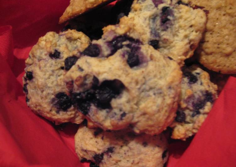 Blueberry Hot Biscuit (Scone)