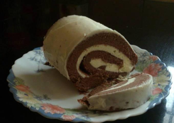 Icecream filled cake