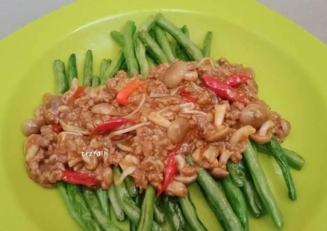 Tumis Buncis Daging Cincang dengan Jamur
