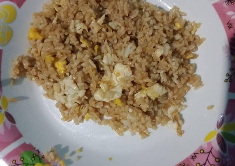 Nasi goreng simpel untuk sarapan anak