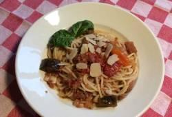 Recettes de cuisine Spaghetti à la viande et aux légumes Délicieux