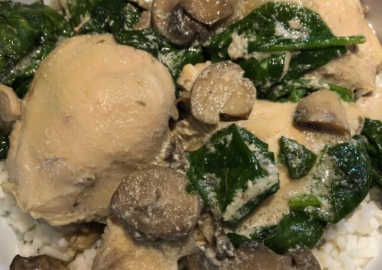 Crockpot Mushroom 🍄 Chicken 🐔 with Spinach